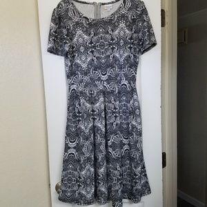 Black &white, Lularoe Amelia dress, sz L, NWOT